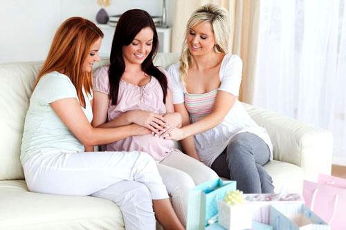 Беременная и ее бездетные подруги