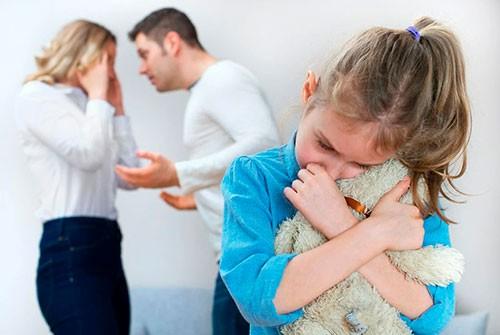 Дети и развод: как уберечь ребенка от травм