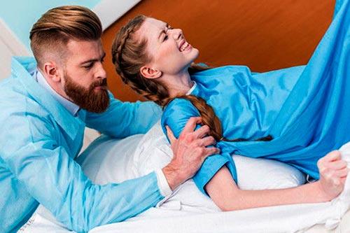 Плюсы и минусы партнерских родов