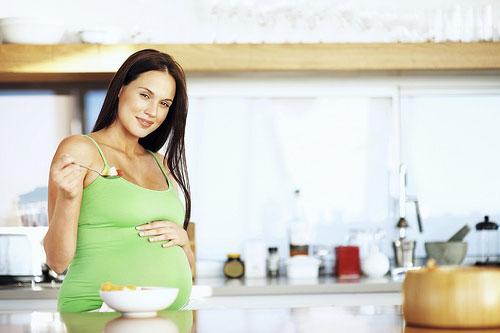 Питание во время беременности: полезные и вредные продукты